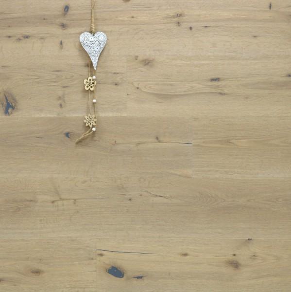 Parkett Landhausdiele Eiche Capitol aus der Serie Nostalgie, Markant, handgehobelt, gebürstet, mit einem Naturöl weiß geölt, 15 x 189 x 1860 mm, Drop Down Klick Verbindung