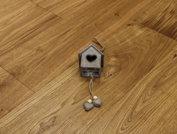Parkettboden Eiche Superb aus der Serie Slim, Rustikal, gebürstet, mit einem Naturöl geölt, 10 x 190 x 1900 mm, Nut / Feder Verbindung