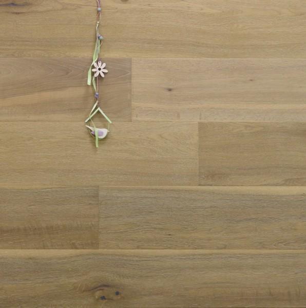 Parkett Landhausdiele Eiche Westminster aus der Serie Nostalgie, Markant, handgehobelt, angeräuchert, gebürstet, mit einem Naturöl weiß geölt, 15 x 189 x 1860 mm, Drop Down Klick Verbindung