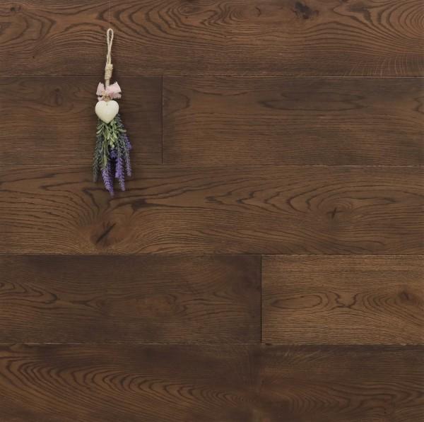 Parkett Landhausdiele Eiche Bras aus der Serie Provence, gebürstet, mit Rubio Monocoat R306 Chocolate geölt, 14 x 190 (220) x 1900 (2200) mm, Välinge 5G Klick Verbindung, Sonderanfertigung nach Kundenwunsch