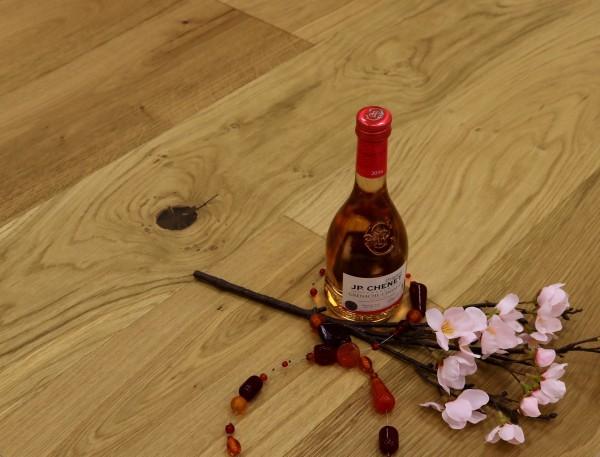 Eiche Landhausdiele Spanien aus der Serie Vinum, Markant, gebürstet, extrem matt lackiert, 14 x 180 x 2200 mm, Soft Lock Klick Verbindung