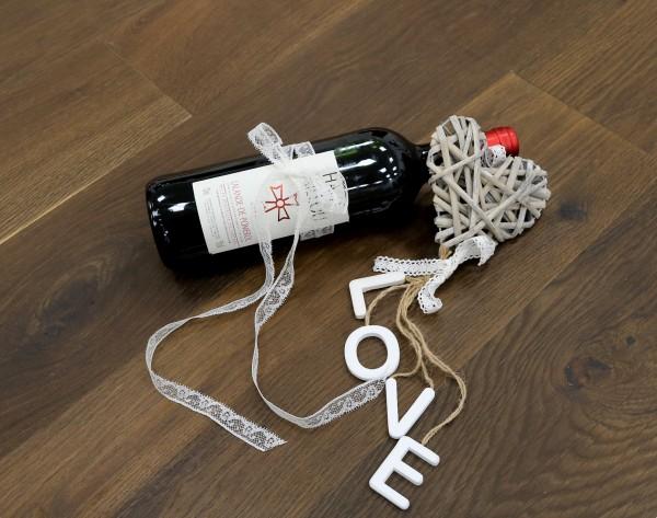 Eiche Landhausdiele Bordelais aus der Serie Vinum, Markant, geräuchert, gebürstet, mit Masteröl geölt, 14 x 180 x 2200 mm, Soft Lock Klick Verbindung
